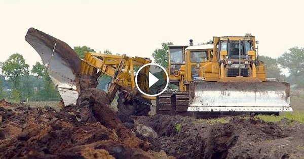 World's biggest plow | Deep ploughing | Caterpillar D8H /E /D6R 650HP